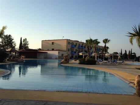 Sunny Coast Hotel Apts