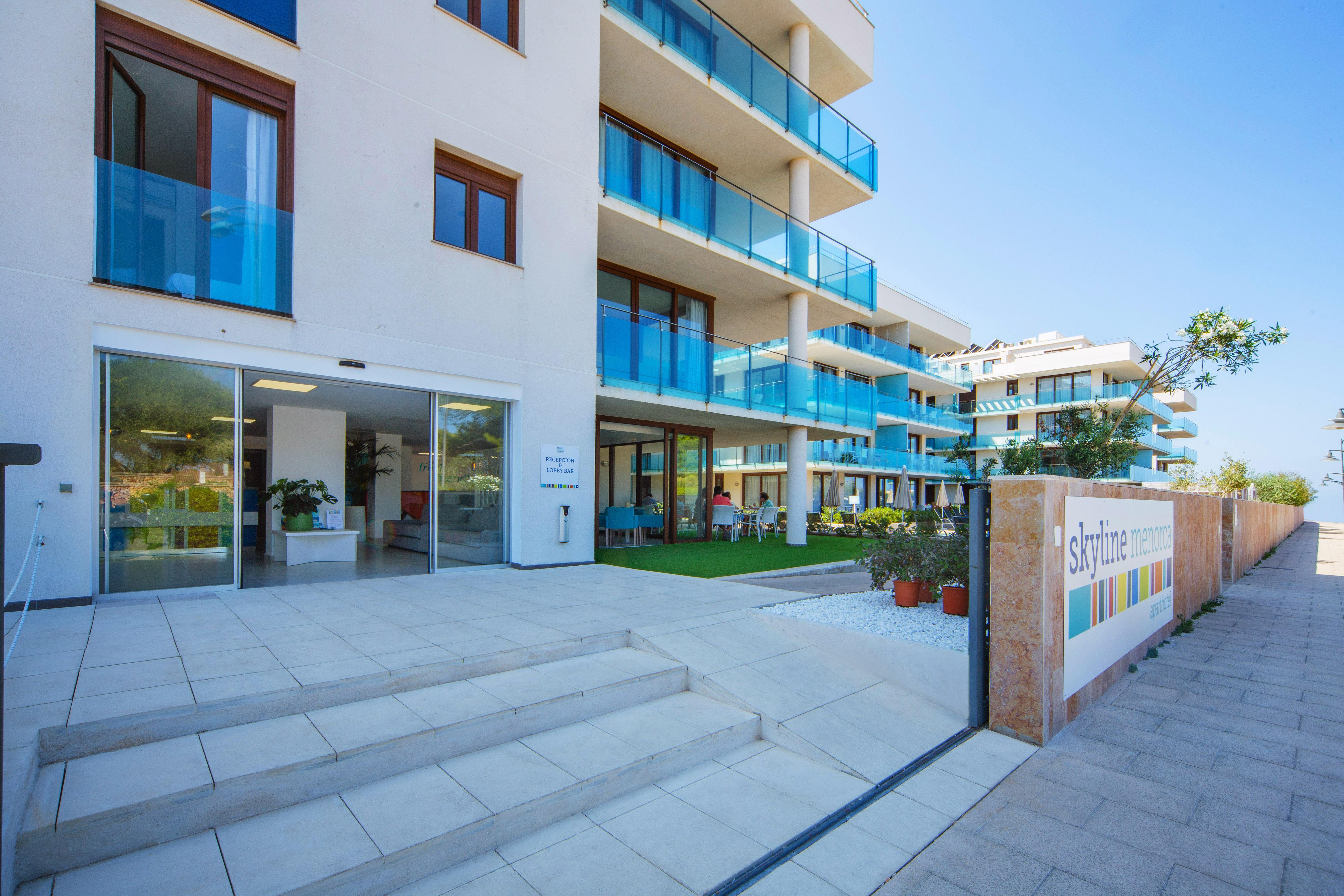 Aparthotel Ferrer Skyline