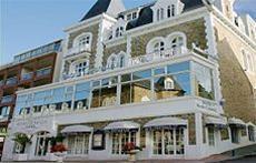 Hotel La Roche Corneille***
