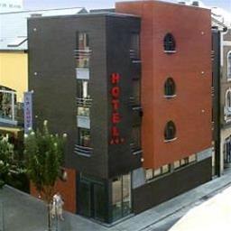 La Louve Hotel