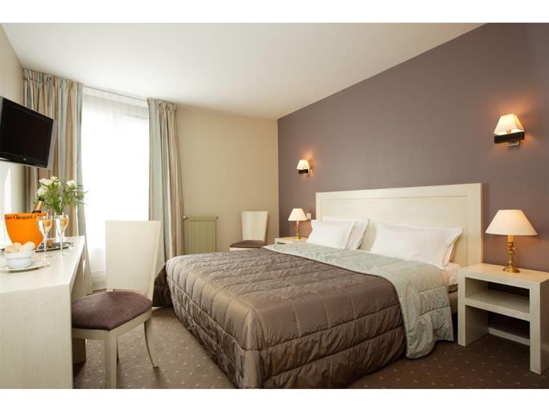 Qualys-Hotel Chatelet