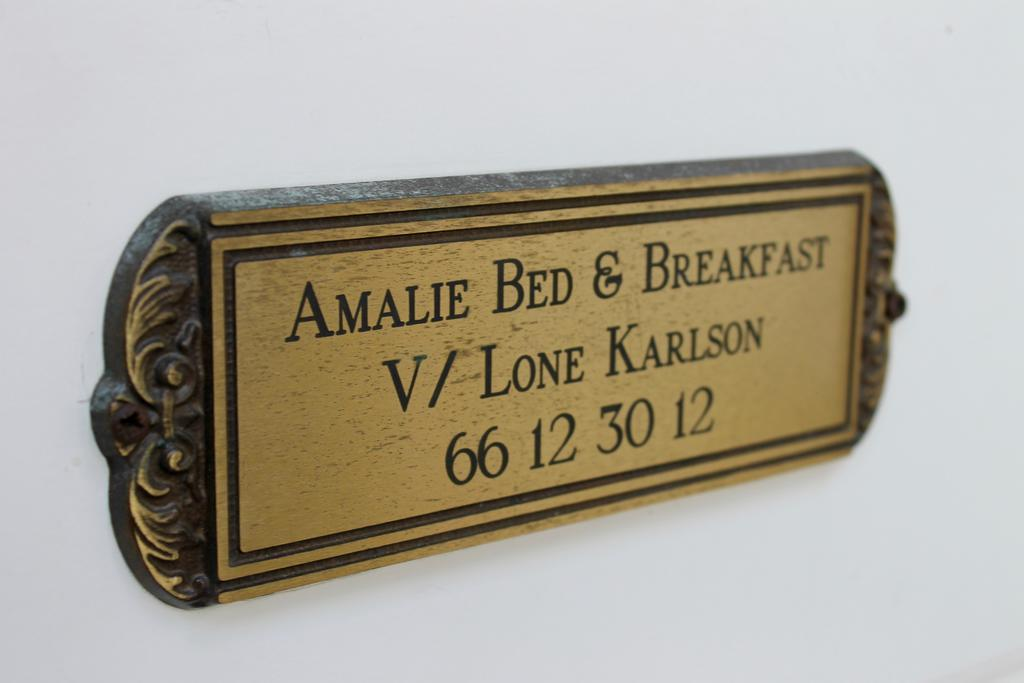 Amalie Bed And Breakfast & Apartments