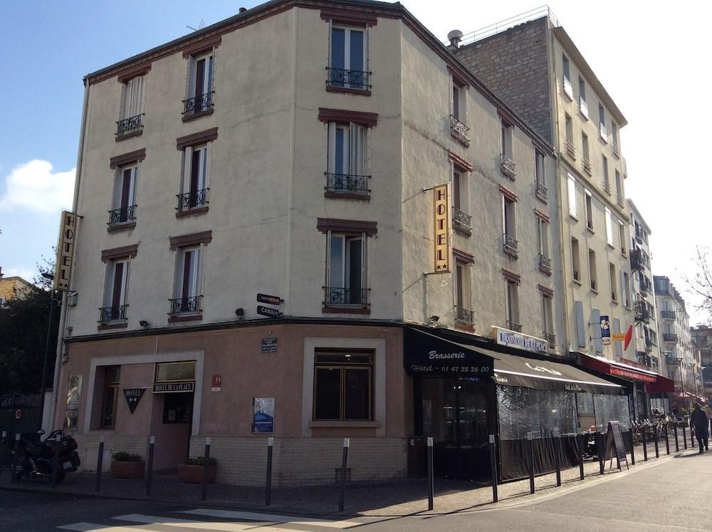 Hotel De La Place