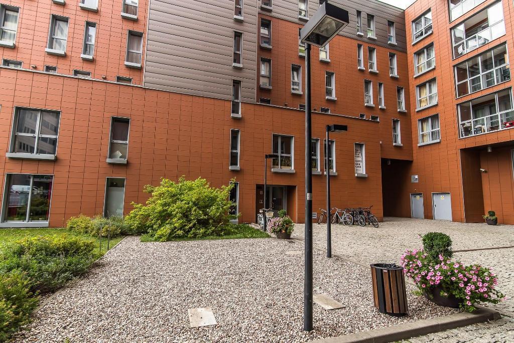 Senator Warsaw Apartments
