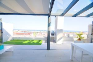 Amazing 2 Bedroom Duplex with Sea View - RNU 65121