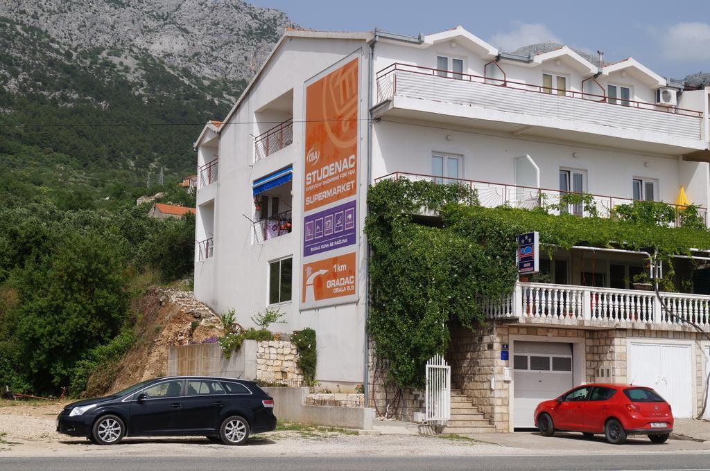 Apartments Mateljak
