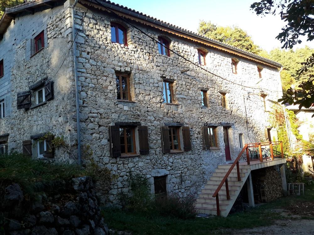 Casa Arnera