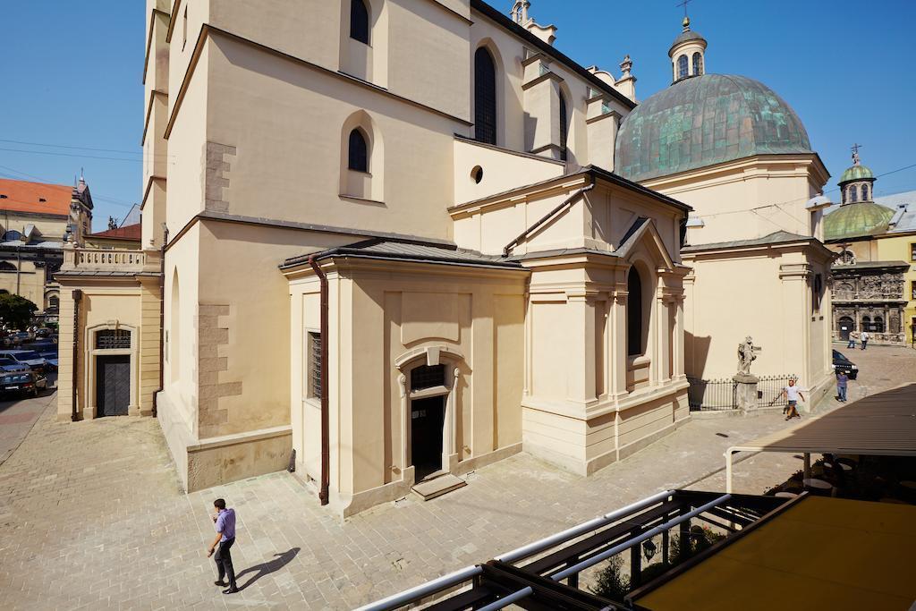 Apartments Lux in City Center Lviv
