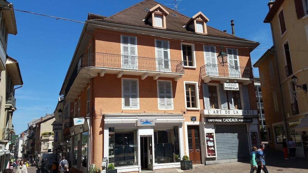 Cote Ouest Aix Les Bains