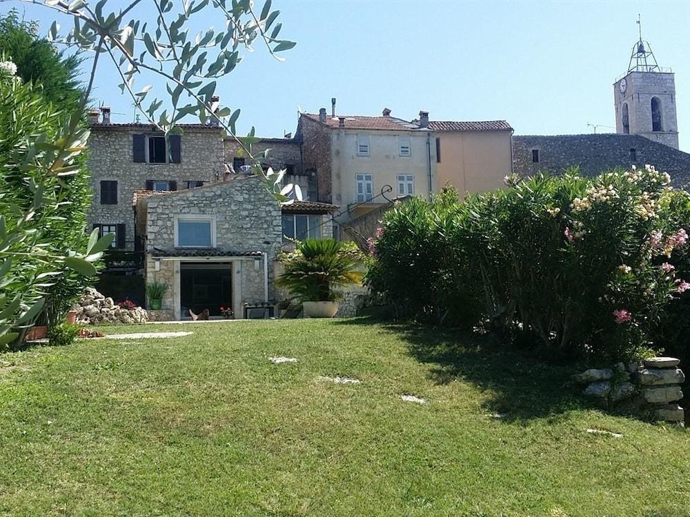 La Villa Emeraude
