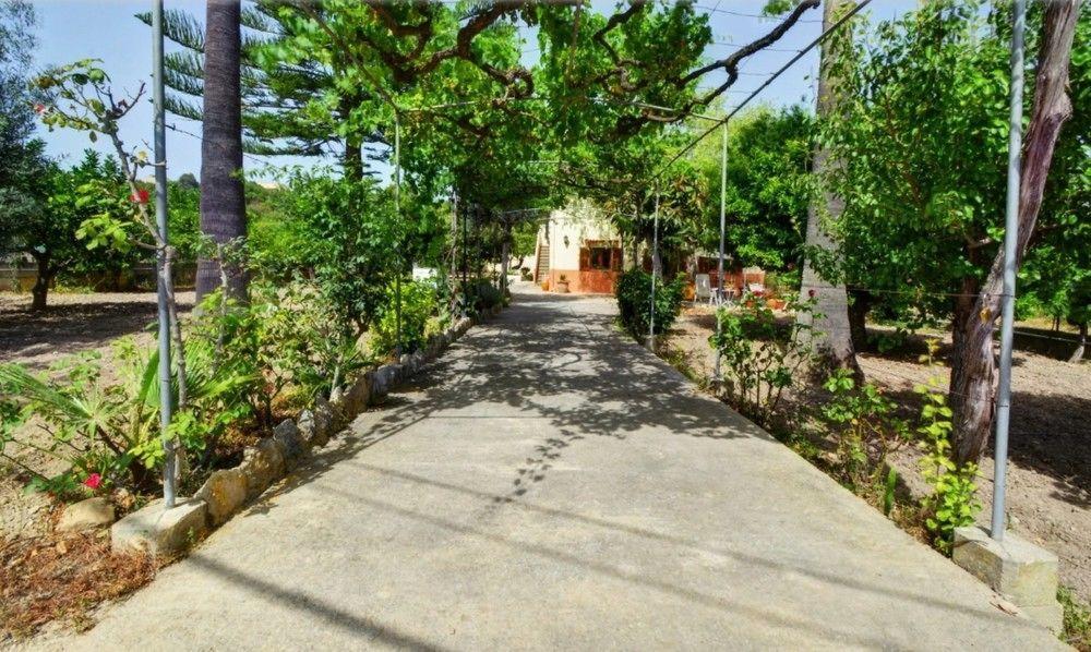 104904 - Villa in Campanet