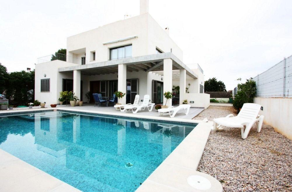 103024 - Villa in Sa Rapita