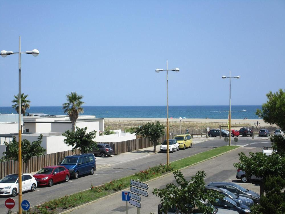 Studio in Le Barcarès, With Wonderful sea View and