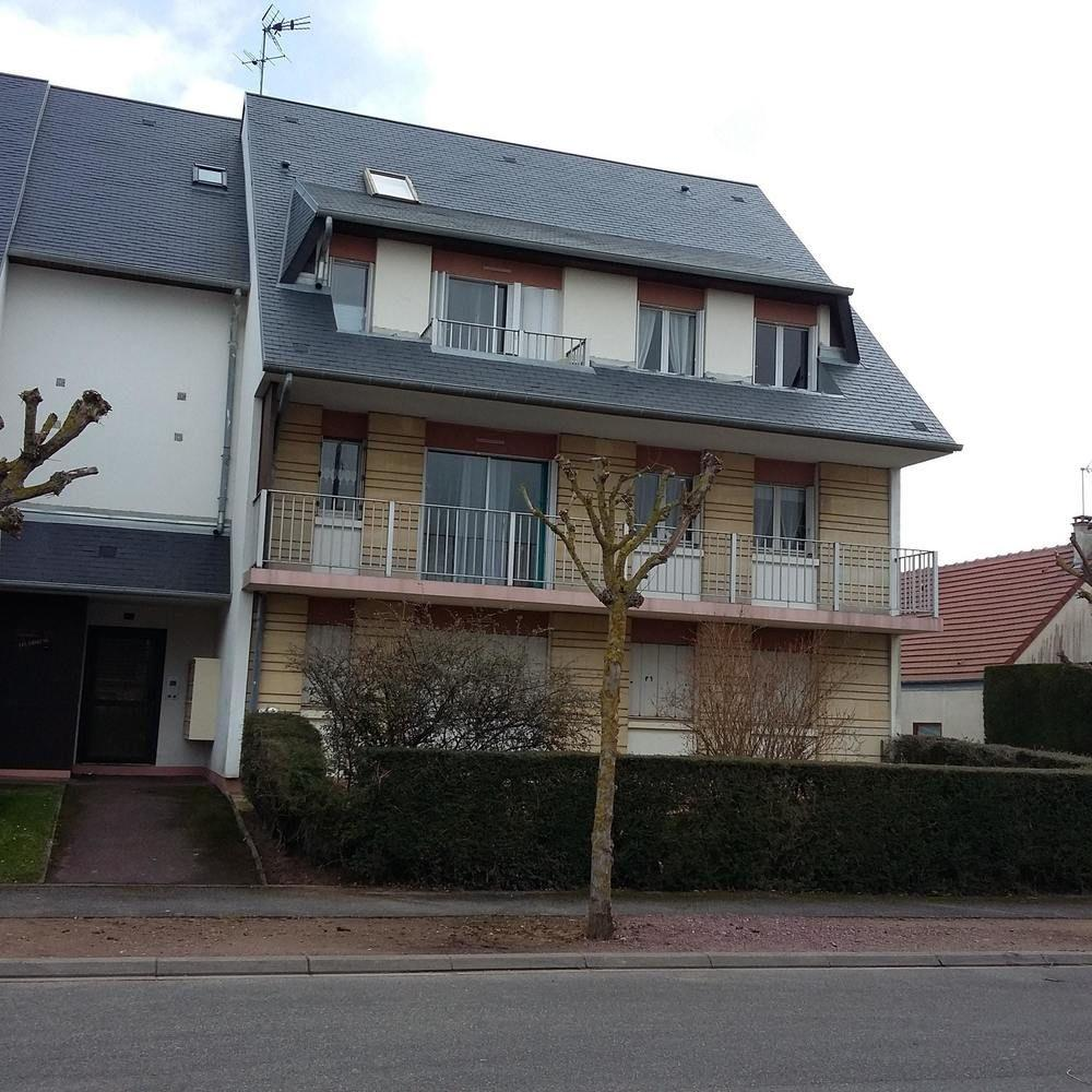 Apartment With 2 Bedrooms In Ouistreham, With Wond