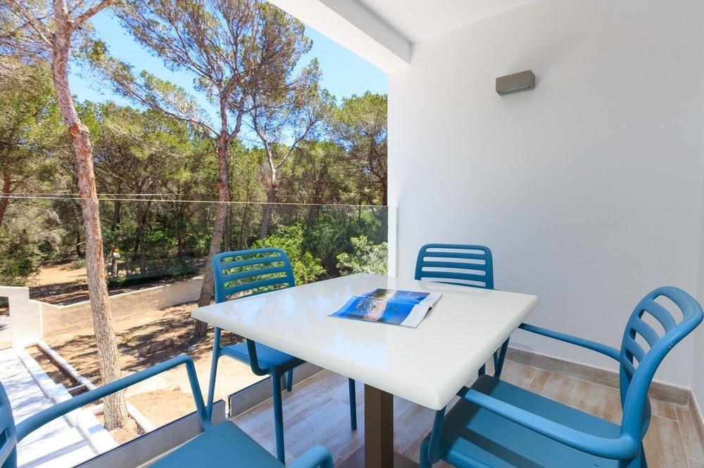 Pinos Playa Suites