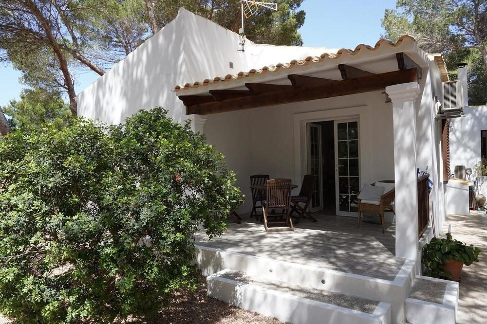 House With 2 Bedrooms in Platja de Migjorn, With F