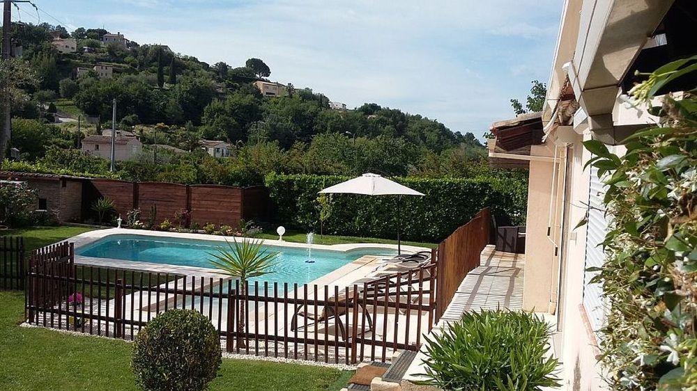Villa With 4 Bedrooms In La Gaude, With Private Po