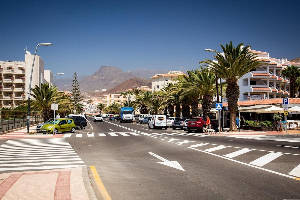 Apartment With One Bedroom In Los Cristianos, With