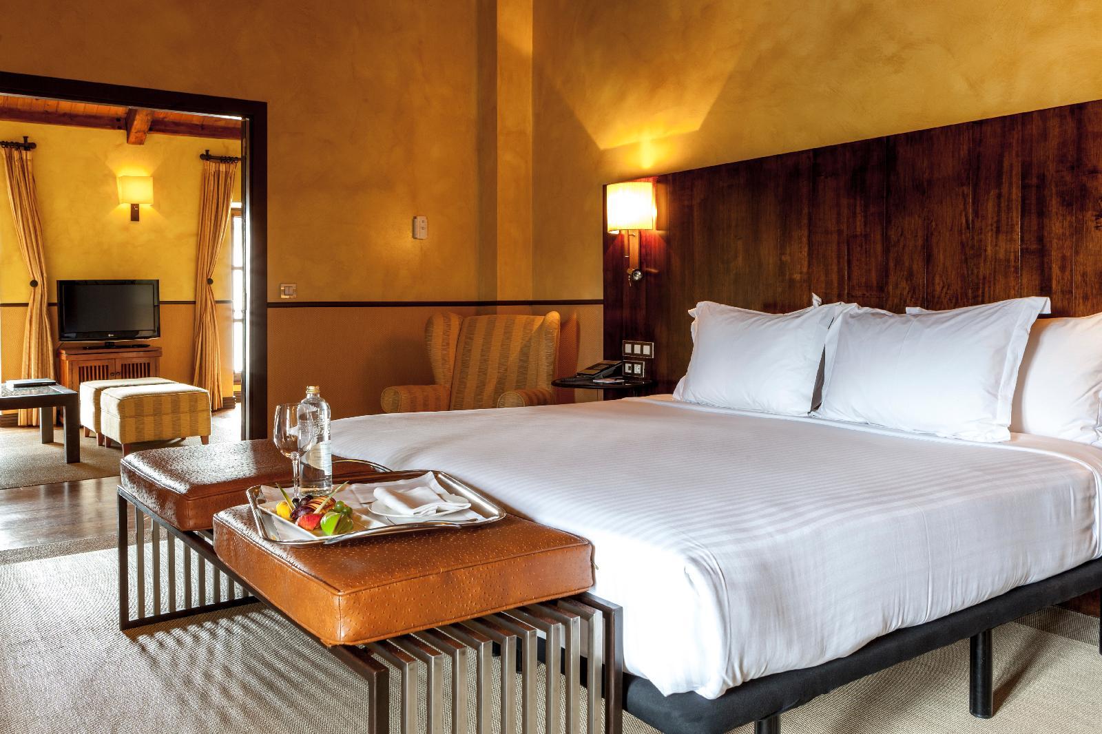 5. Ac Hotel Palacio Del Carmen Autograph Collection