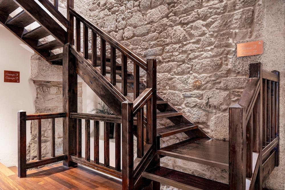 16. Ac Hotel Palacio Del Carmen Autograph Collection