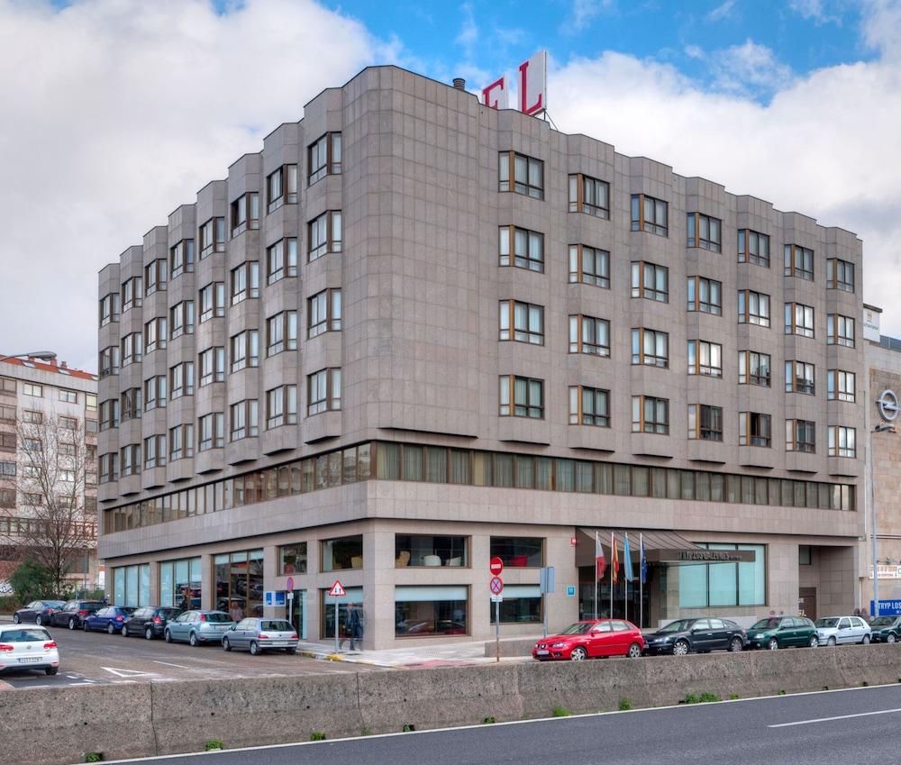 1. Tryp Vigo Los Galeones Hotel