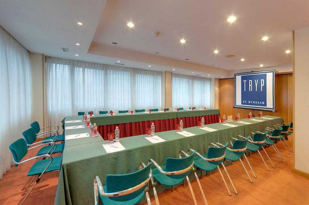 12. Tryp Vigo Los Galeones Hotel