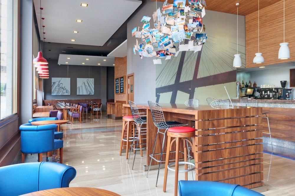 2. Tryp Vigo Los Galeones Hotel