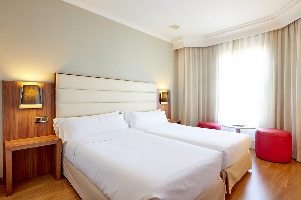 3. Tryp Vigo Los Galeones Hotel
