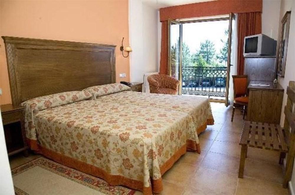 14. Hotel Abeiras