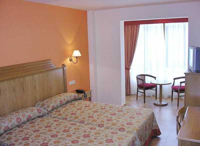 21. Hotel Abeiras