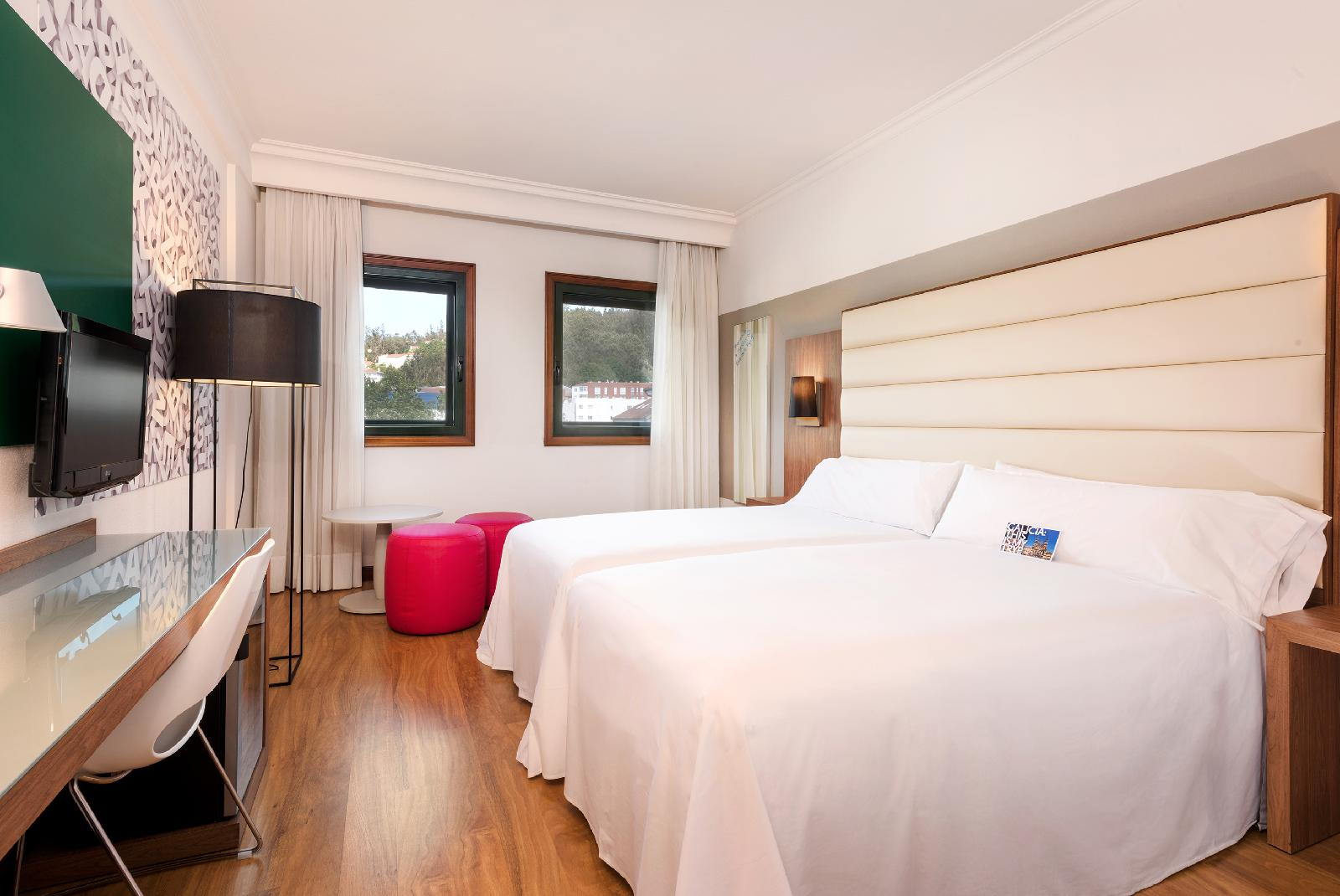 7. Tryp Santiago Hotel