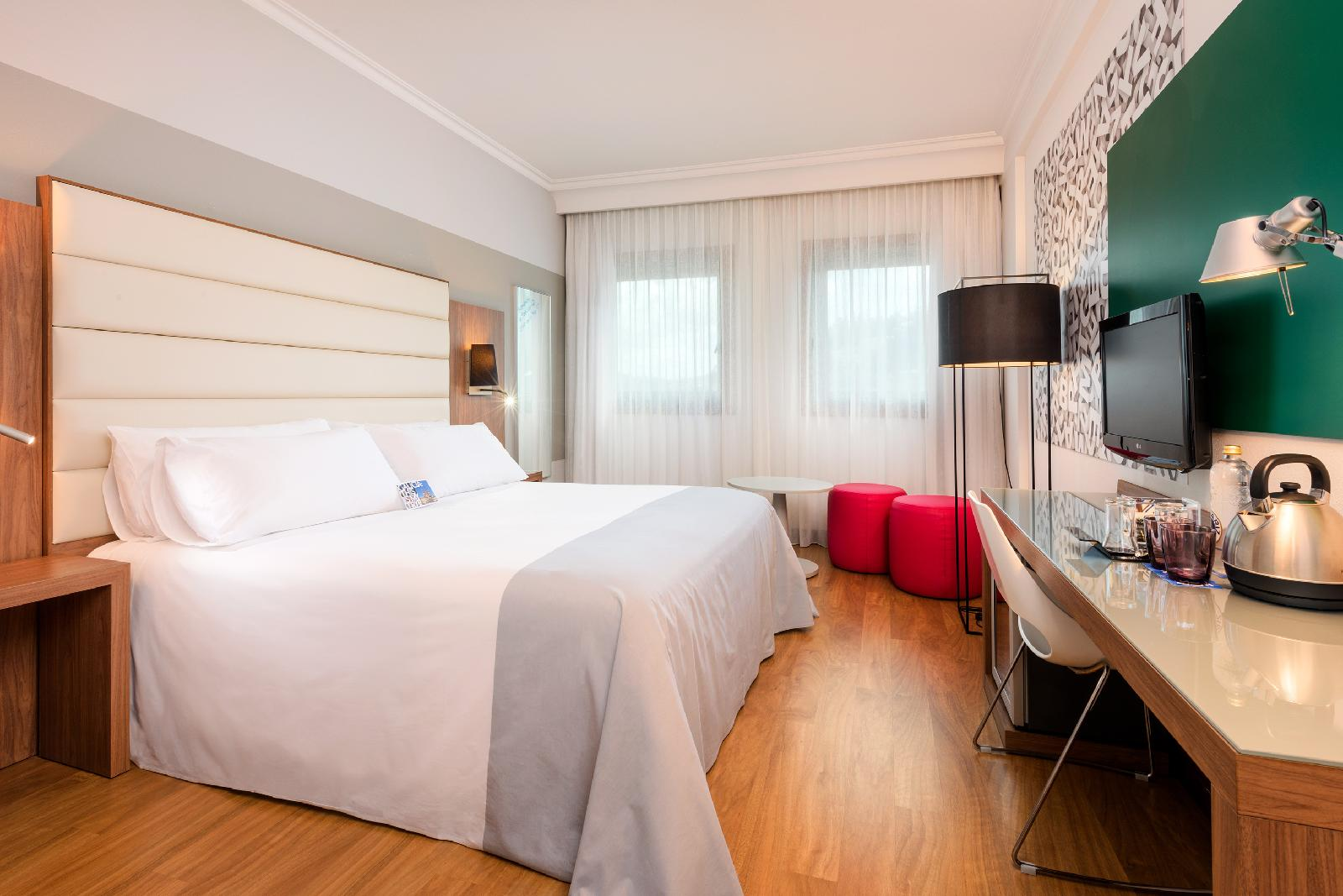 11. Tryp Santiago Hotel
