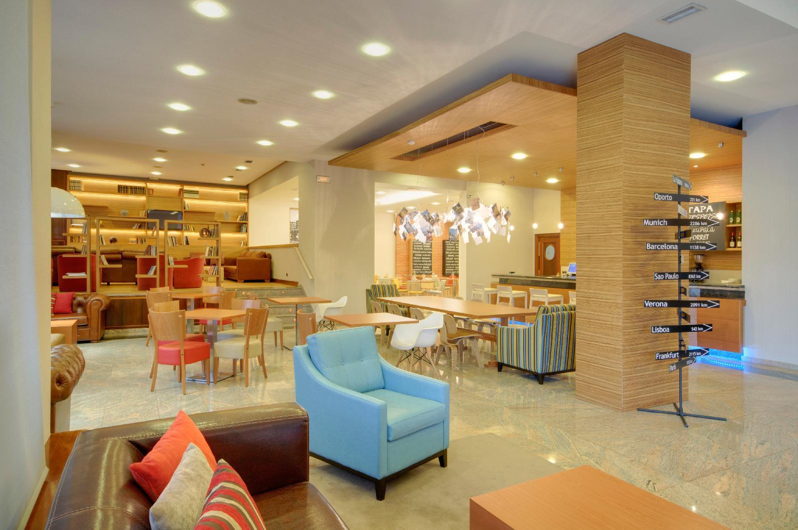 26. Tryp Santiago Hotel