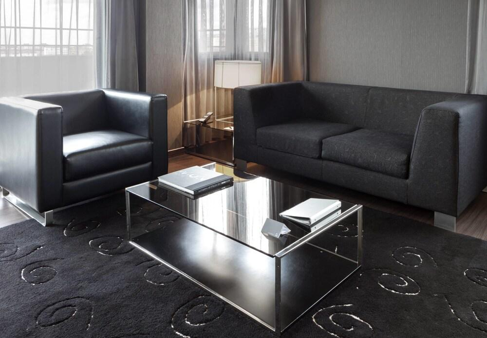 8. Ac Hotel A Coruna, A Marriott Lifestyle Hotel