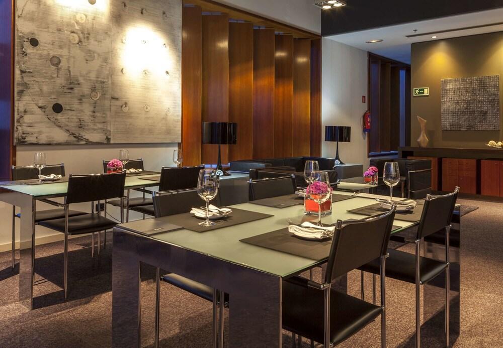 16. Ac Hotel A Coruna, A Marriott Lifestyle Hotel