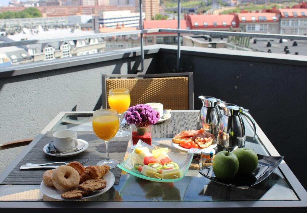 25. Ac Hotel A Coruna, A Marriott Lifestyle Hotel