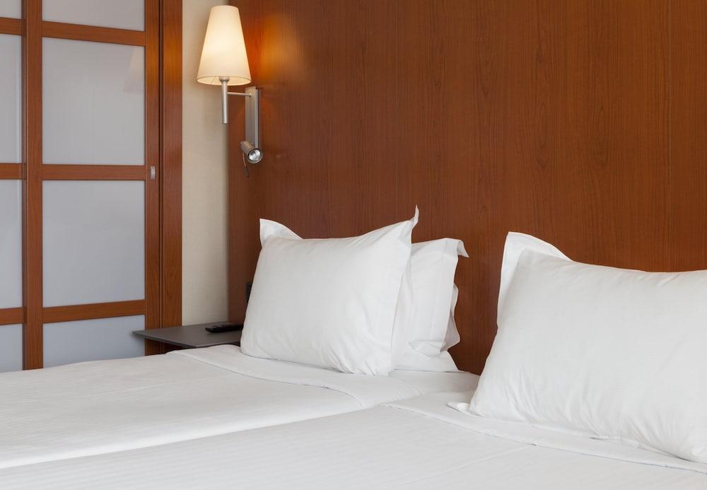 6. Ac Hotel A Coruna, A Marriott Lifestyle Hotel