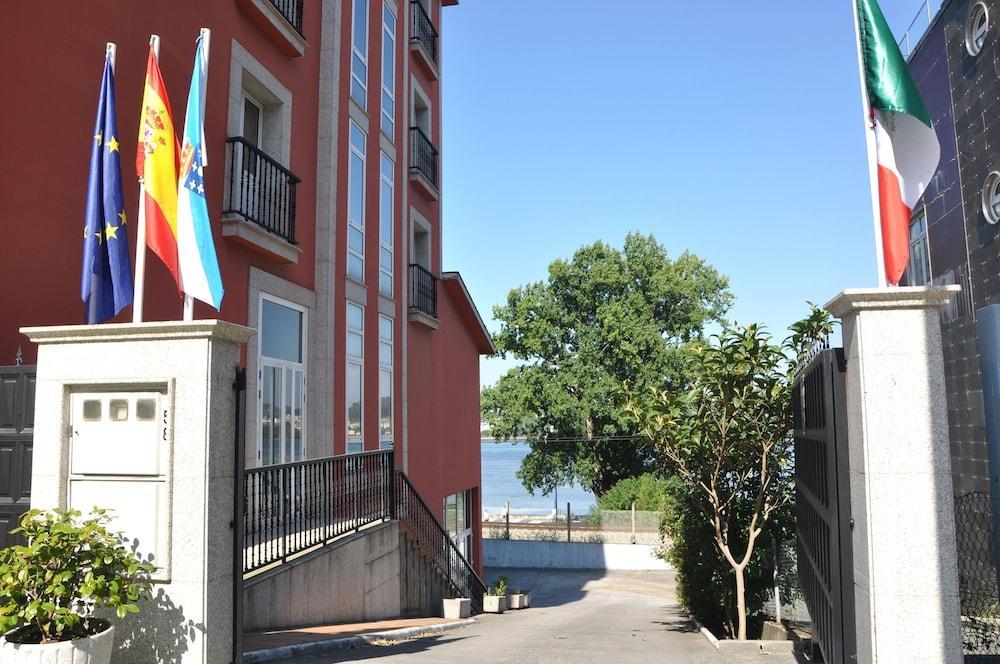 1. Hotel Crunia