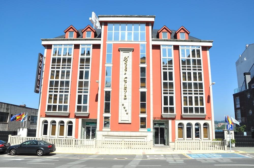3. Hotel Crunia