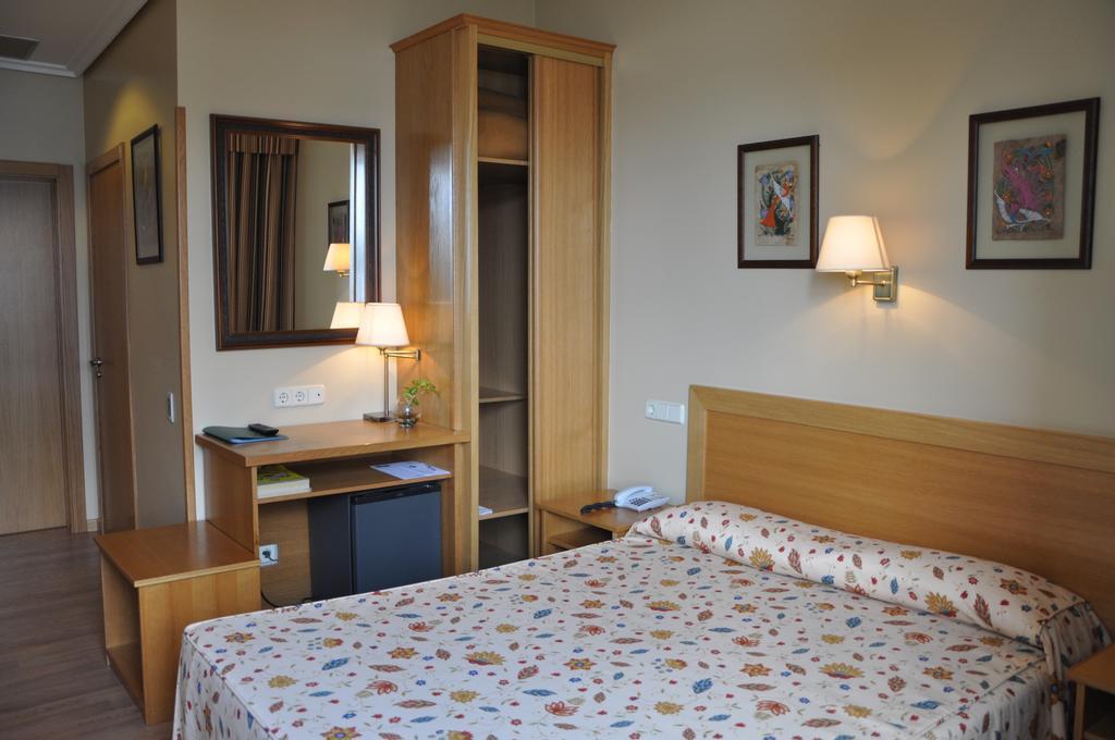 10. Hotel Crunia