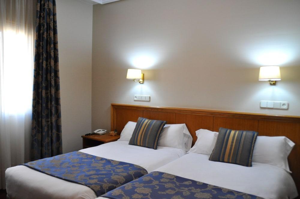 12. Hotel Crunia