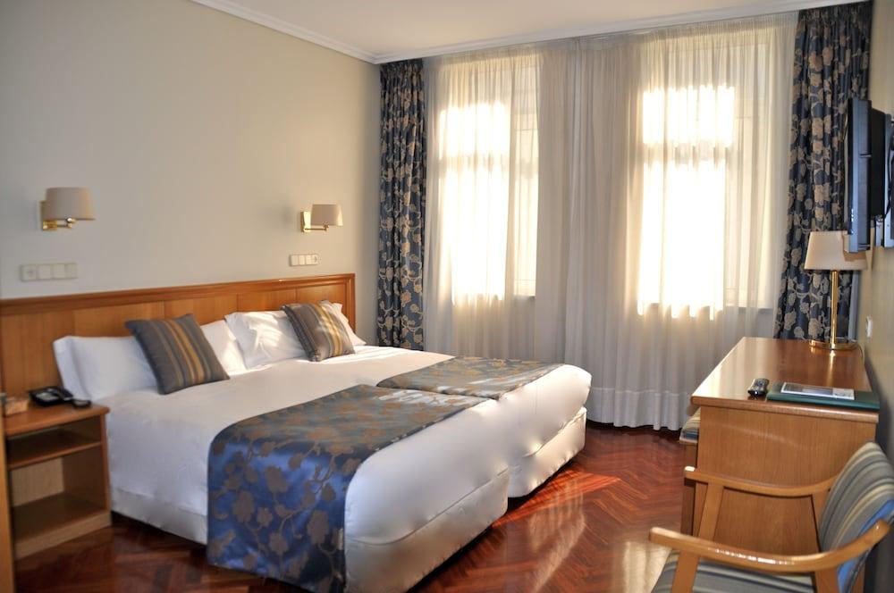 13. Hotel Crunia
