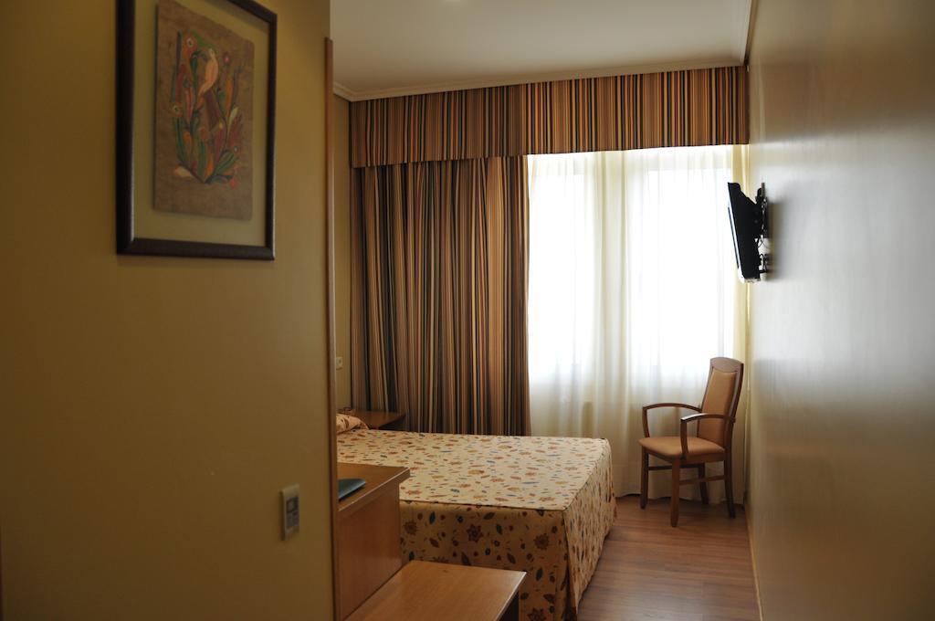16. Hotel Crunia