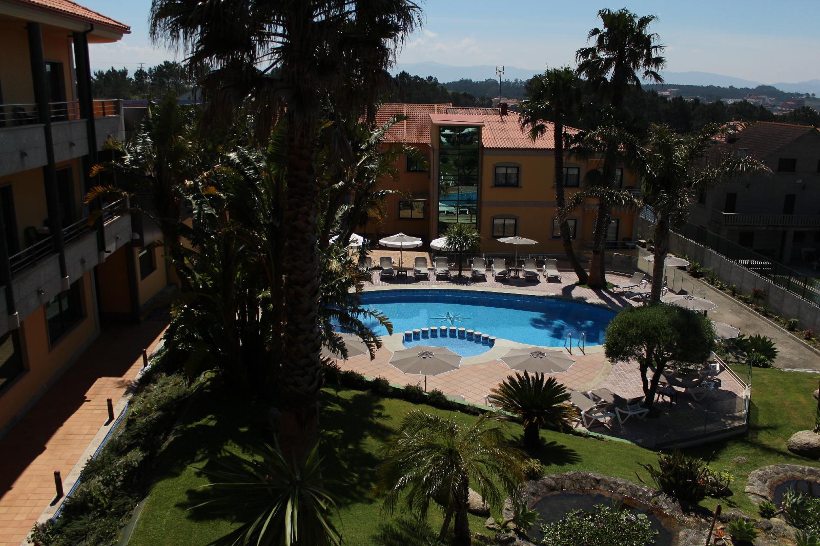 4. Apartamentos Atlántico Resort