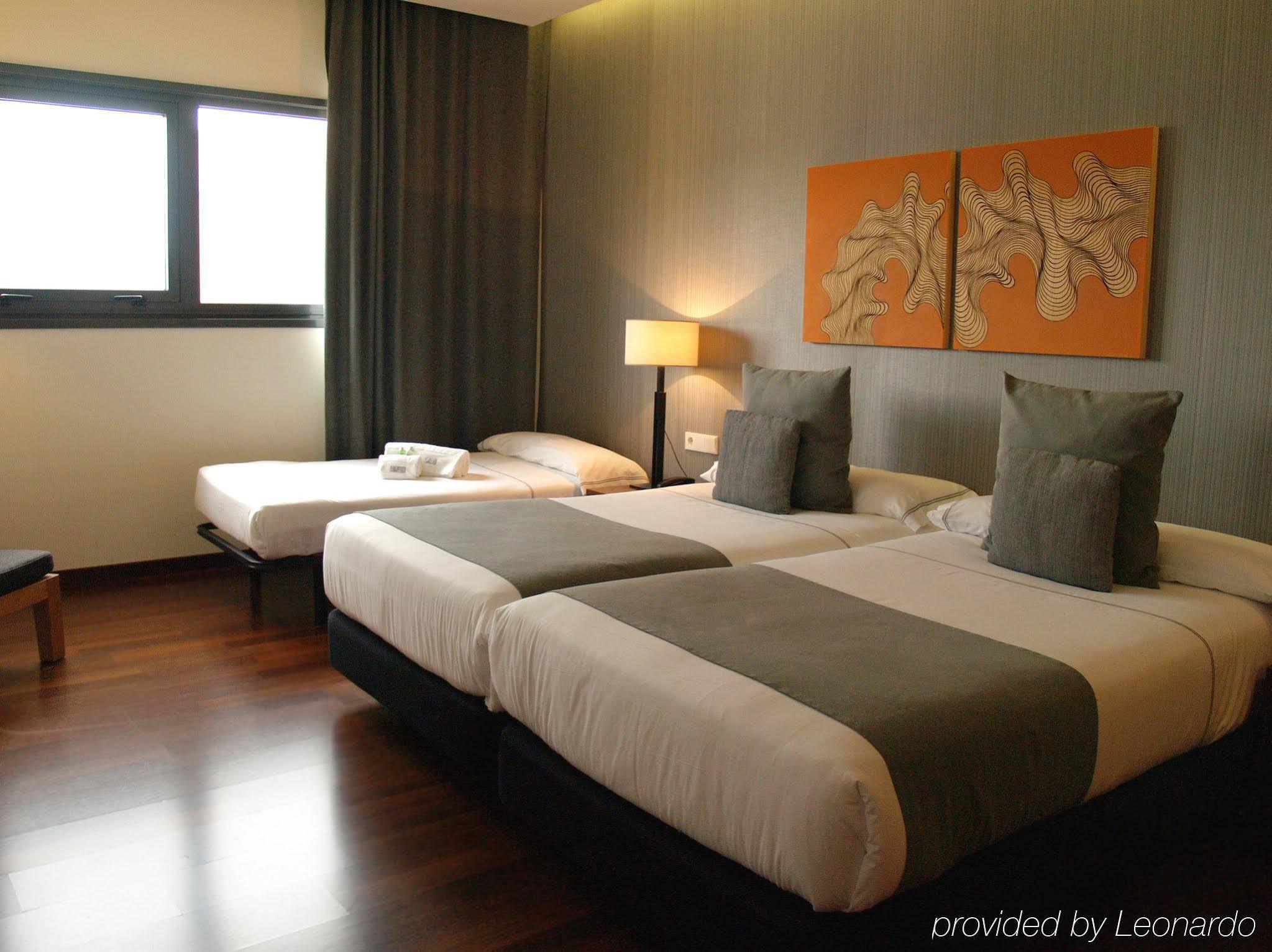5. Hotel Carris Marineda