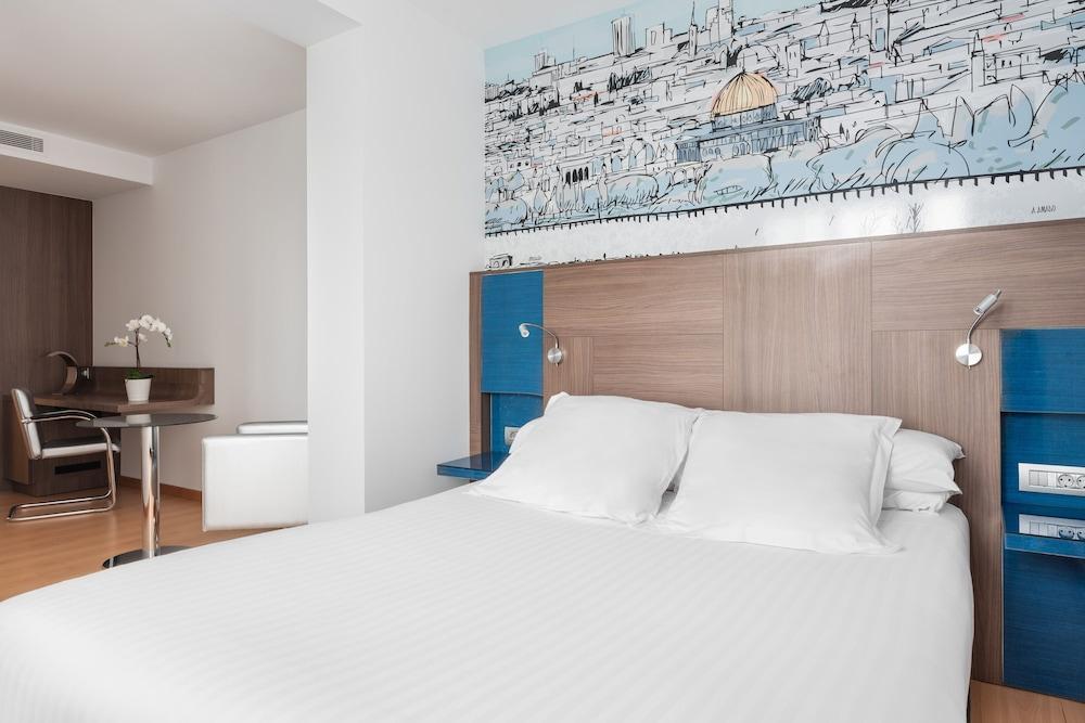13. Hotel Blue Coruña