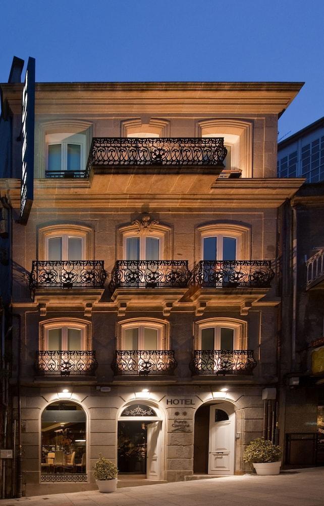 1. Hotel Puerta Gamboa